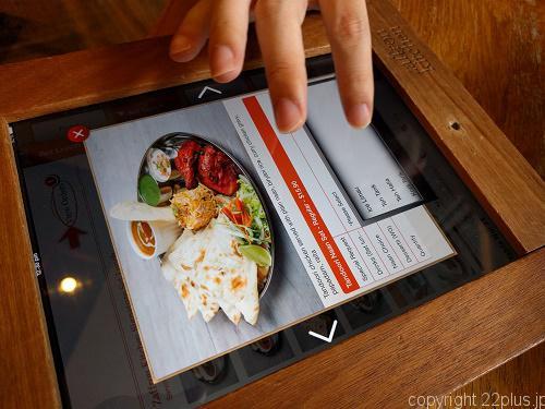Zaffron Kitchenのタブレットメニュー