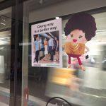 MRT(電車)のマナーポスター