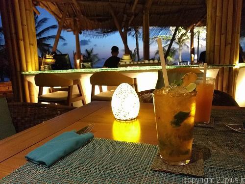 Azul Beach Club Baliでの夕食