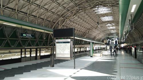 6月にオープンしたばかりの新駅Tuas Link