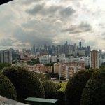 マウントフェーバー公園から望むシンガポール島