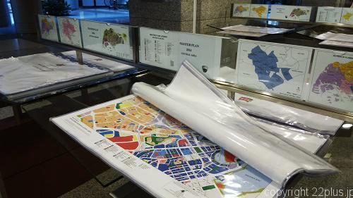 ギャラリーの外にもさまざまな都市計画の資料が展示公開されている